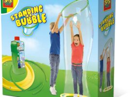 Is there anything more fun than playing with bubbles? With the specially developed super-strong soap solution, you can make bubbles that are so big, you can even stand inside them.