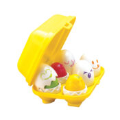 Hide & Squeak eggs are full of surprises for little hands to explore! Shape sort the eggs into their matching space. Match the colours of the shells to the chicks inside. Press down to hear chick chirp a happy cheep-cheep.