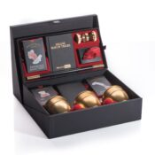 (MMDBT3000) Marvin's Magic Deluxe Box of tricks, celebrating 30 years of Magic. This anniversary set is great for the collector or for those looking for the ultimate magic set. Includes Marvin's favourite tricks, presented in a beautiful keep sake box.