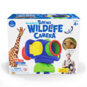 Go on a learning safari with this toy camera. The 130 built-in high-resolution wildlife images guarantee a successful viewing experience time. Learn about animals with 120 facts narrated by Animal Planet's Robert Irwin.