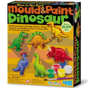 Create your own dinosaur magnets or pins by using the mould, plaster, paints and brush included in the kit.