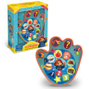 Let's learn with Paddington! 3 fun interactive games in this paw shaped pad help learning and development of number and shape recognition, basic problem solving, letter and picture recognition. Paddington asks questions inviting the child to explore objects, letters, numbers and funny sounds from his world