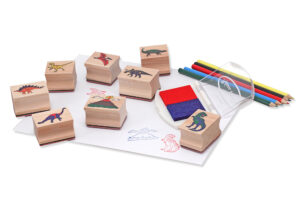 Imagine a landscape full of dinosaurs! Children love using the 8 detailed dino stamps and a two-colour inkpad. It's fun creating countless scenes, and colouring in the pictures with the 5 coloured pencils!