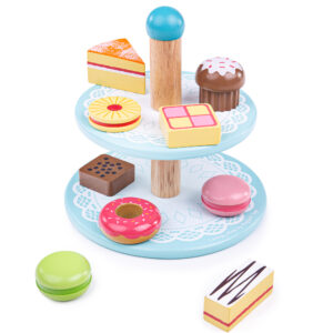 Little ones can put their hosting skills to work with the Bigjigs Toys wooden Cake Stand with 9 wooden cakes. Young hosts can host an afternoon tea and serve up some mouth-watering treats on this decorative cake stand.
