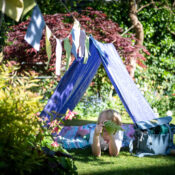 The Cottage Garden Den Kit offers all the fun of a comprehensive shelter building kit in glorious shades of the summer garden - with bunting to decorate and a kaleidoscope to offer extra visual delight and exploration.