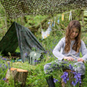 The Forest School Den Kit was designed to facilitate a child-led Forest School curriculum, complement and reinforce classroom learning and develop children's thinking skills by offering challenge and managed risk.