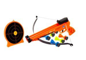 The Petron Sureshot Handbow and Target Combo Pack includes the Sureshot Crossbow, Sureshot Target and 6 Sureshot sucker darts.