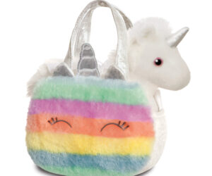Who does't love a soft toy animal that you can carry around in its own Fancy Pal pet carrier bag? We have a amazing selection of different animals which come with their own matching bag.