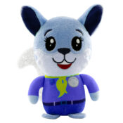 Lil' Kampers is a play value plush line that combines arts & crafts with playing universes, thanks to the standing plush figurines, the fabric accessories and the reusable packaging as playsets.