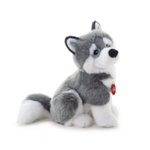 The fur and colours used faithfully represent the Siberian Husky. The detail of the ears, the alternation of greys and whites as well as the thick tail give it a realistic touch.