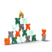 Stack & Smash! Awesome new collectibles range, with 17 Mini Creatures to collect - 4 from each of the 4 Eldrador worlds of Lava, Ice, Jungle and Stone, plus a hero Gold figure. TV ADVERTISED
