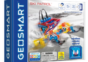 Snow, sand or stone? Thanks to the unique chains and turbo motors, the Ski Patrol can master all terrains! With a double safety system, GeoSmart offers unsurpassed safety and durability, for endless playing pleasure!