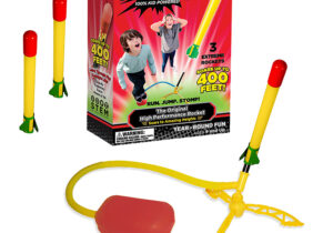 The Super Stomp Rocket launches rockets up to 400 feet in the air! No batteries required, fast easy assembly. Great for fun & educational games. The ultimate in Stomp Rocker performance! 100% KID powered