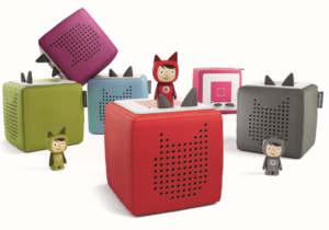 Toniebox Starter Set - a new audio system designed for little listeners. Turn it on, pop a Tonie on top and let the audio adventure begin! The included Creative-Tonie can store and play up to 90 minutes of custom content.