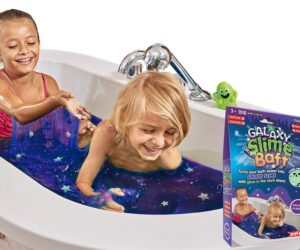 Turn your bath water into glittery galaxy slime with Glow-in-the-dark stars. Simply add more water to dilute and safely drain away. Slime Baff is 100% safe, stain free, drain safe & certified biodegradable.