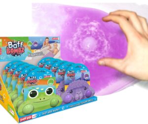 Create a colourful, fizzing bath time adventure with Animal Baff Bombz! Available in Llama with 2 x Grape scented Baff Bombz or Frog with 2 x 35g Apple scented Baff Bombz. 100% Safe & Biodegradable.